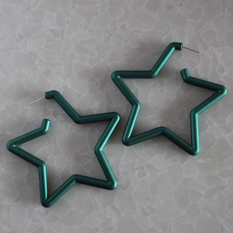 green BIG STAR hoop pierce