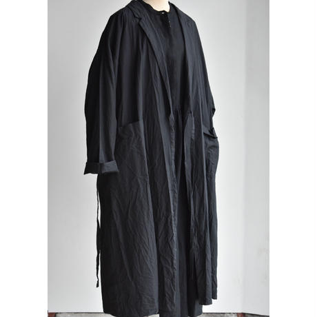 TOUJOURS    LAPEL COLLAR GOWN