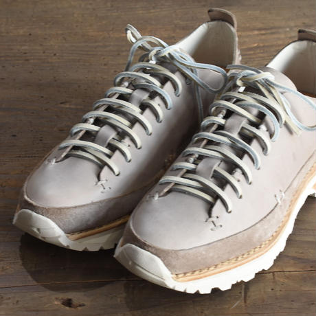 FEIT  2019AW   lugged runner