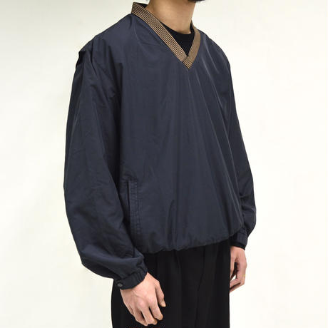 V-neck training nylon pullover[T-0037]