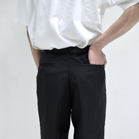 1 tuck straight pants / black [P-0033]