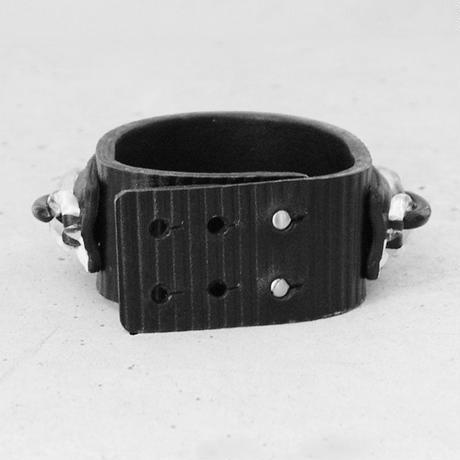 PLASTIC CHAIN & leather bracelet