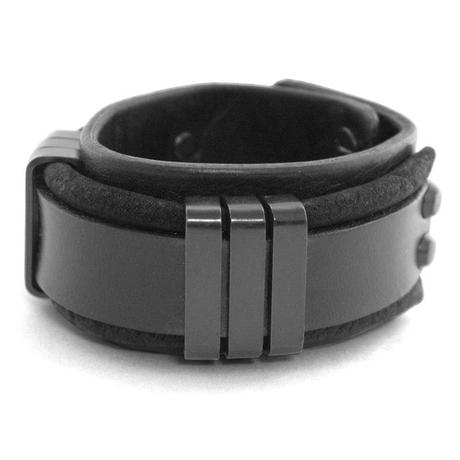 TRIPLICATE square ring leather bracelet