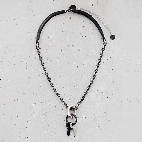 KEY RING chain & leather necklace