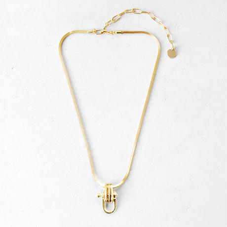 INDUSTRIAL SHACKLE short  necklace