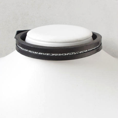 LINE leather choker