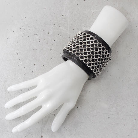 CHAIN FENCE & leather bracelet