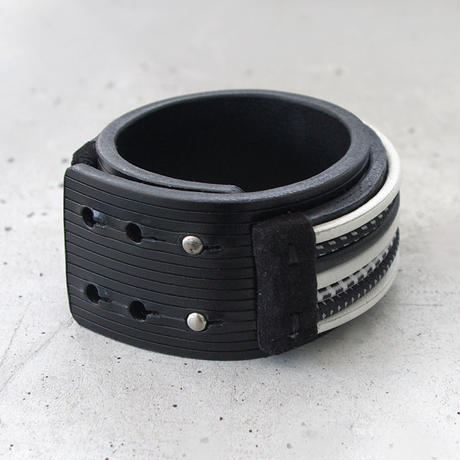 RUBBER CODE & leather bracelet