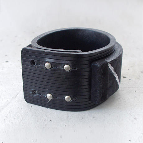 OBLIQUE LINE nylon & leather bracelet