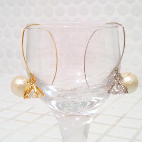 D* cotton pearl&zirconia pierce