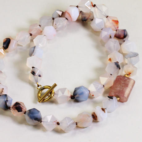 necklace/S21-A0-0243