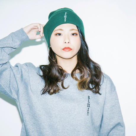 VERTICAL LOGO KNIT CAP