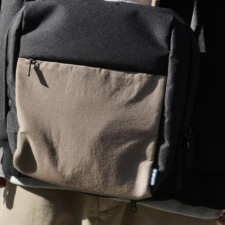 IFNI SHOULDER BAG [COYOTE]