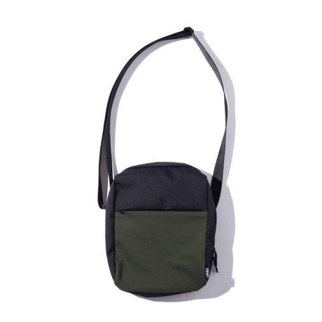 IFNI SHOULDER BAG [OLIVE]
