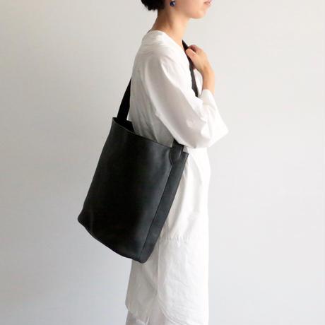 archipelago original/ Leather shoulder bag