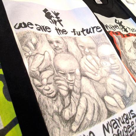 【We are the future】365日の1日を。メッセージを運ぶTシャツ【大津司郎のアフリカ目撃】【黒】