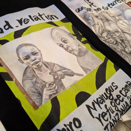 【Good relation】365日の1日を。メッセージを運ぶTシャツ【大津司郎のアフリカ目撃】【黒】