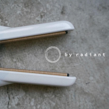 高性能ミニストレートアイロンiii by radiant (スリーバイラディアント)