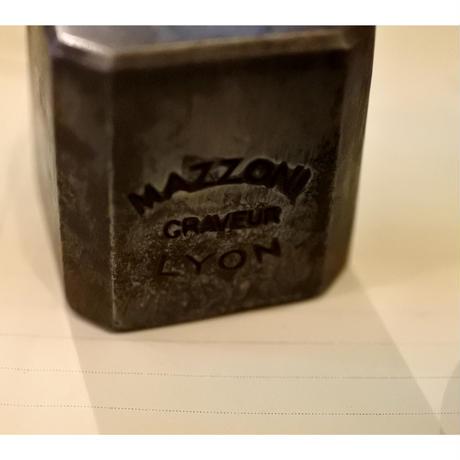 アンティークメダイユの型・MAZZONI CRAVEUR LYON