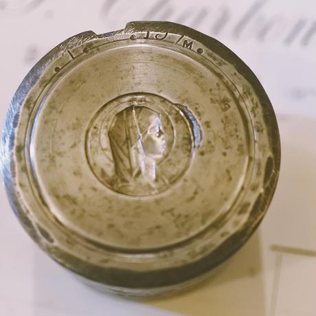 アンティークメダイの型・聖女の横顔