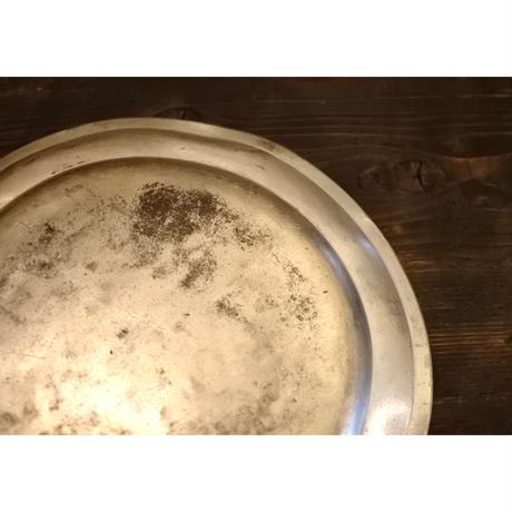 アンティーク・ピュータ皿φ22cm