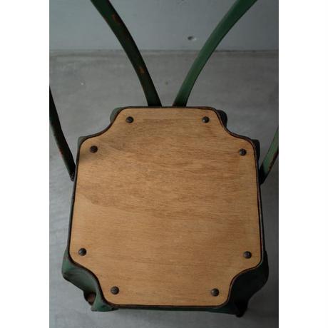 アンティーク・木とメタルのチェアー