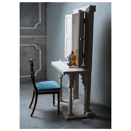 フランスアンティーク・小さな村の美容室の子供用鏡台