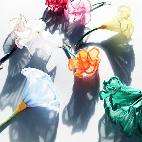 むくり  /  一輪の花ピアス WHITE 3-Type