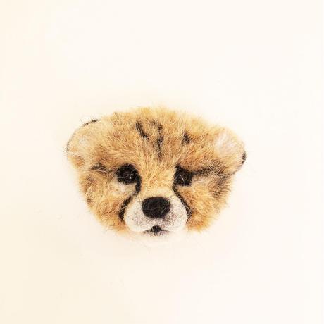 幼チーターのブローチ [ Baby Cheetah brooch] / のそ子