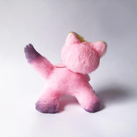 牛乳屋  /  おっとりやさしいピンクのポインテッドちゃん