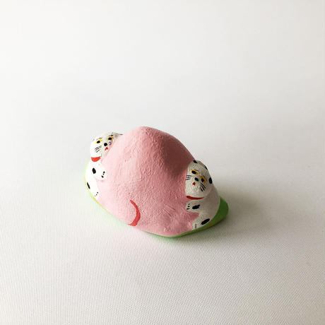 habotan / 桃くっつき犬|土人形 14