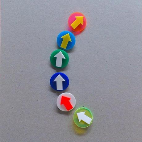haco / 矢印ブローチ|サークル 7-Color
