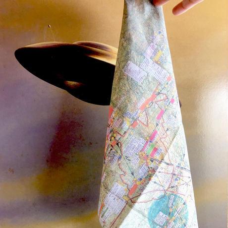 83 original / Handkerchief Flatwoods Monster MAP ハンカチ