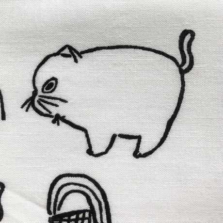 83SELECT / 山鳩舎 ハンカチ DOG&CAT  Side