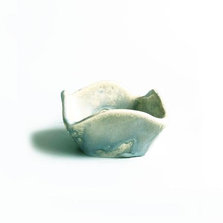 近藤 南 / 不在の砂浜 | 菱 小鉢