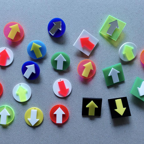 haco / 矢印ブローチ サークルセット 2-Color