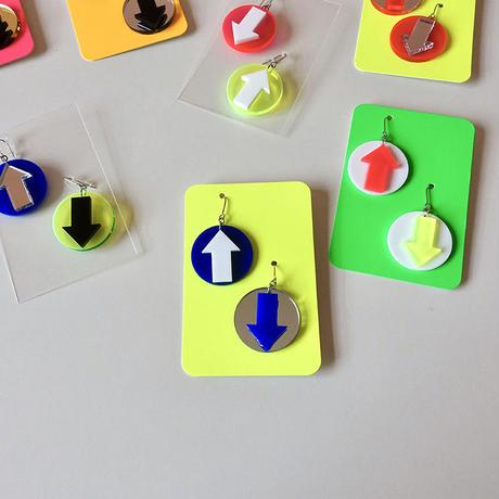 haco / 矢印ピアス 8-Color