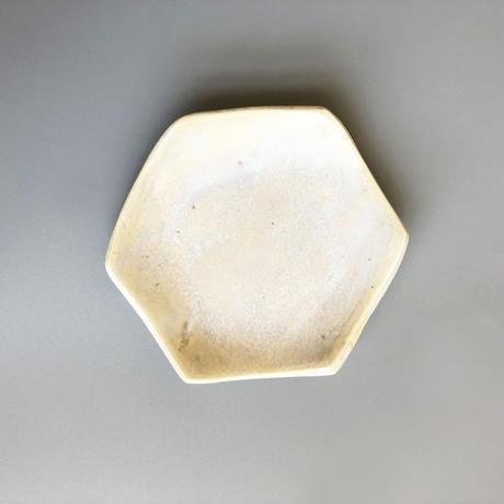 近藤 南 / 不在の砂浜   六角平皿