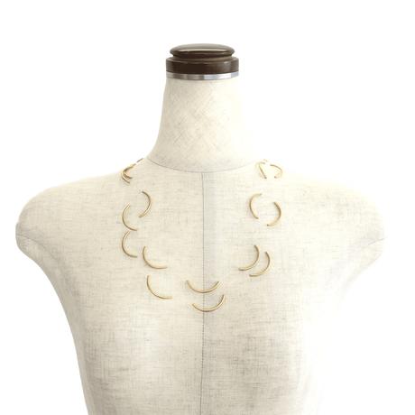 MATERIA DESIGN Moon Necklace