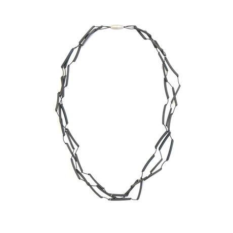MATERIA DESIGN Tratto Long Necklace Titanium