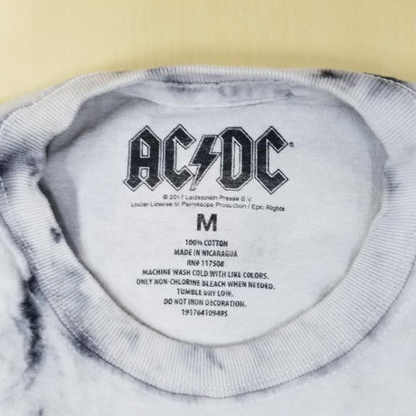 USED  BAND TEE AC/DC MR106