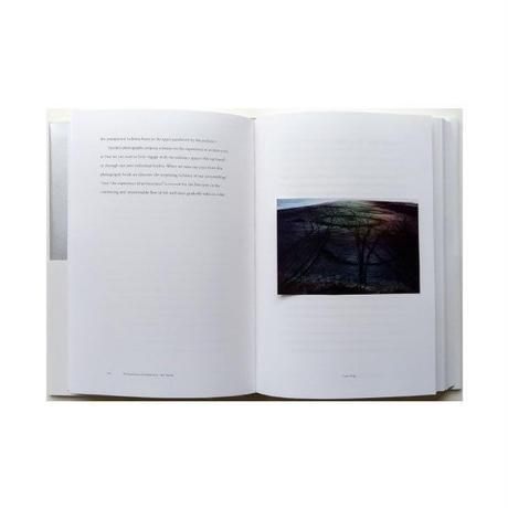 竹内万里子『沈黙とイメージ -写真をめぐるエッセイ-』