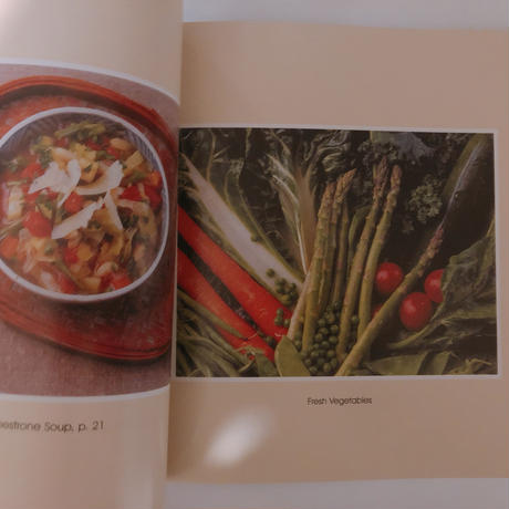 A Painter's Kitchen: Recipes from the Kitchen of Georgia O'keeffe