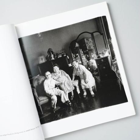 .diane arbus. An Aperture Monograph 40th-anniversary Edition / Diane Arbus (ダイアン・アーバス)