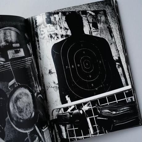モノクローム  Monochrome  / 森山大道(Daido Moriyama)