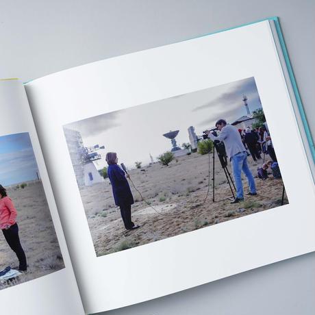 TRANSLATOR / 柿本ケンサク(Kensaku Kakimoto)