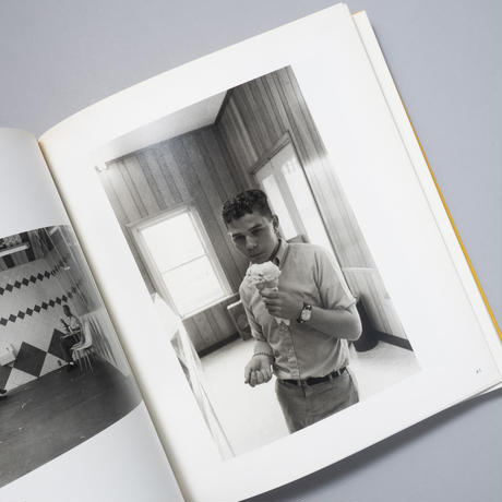 BEFORE COLOR / William Eggleston(ウィリアム・エグルストン)