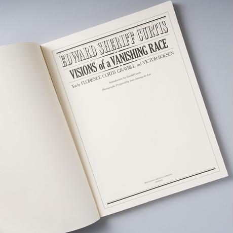 VISIONS OF A VAANISHING RACE / Eward Sheruff Curts(エドワード・S・カーティス)