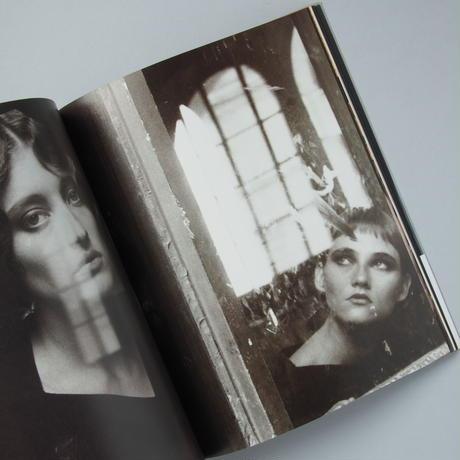 DEBORAH TURBEVILLE Les amoureuses du temps passe / デボラ・ターバヴィル「過去を恋する女たち」