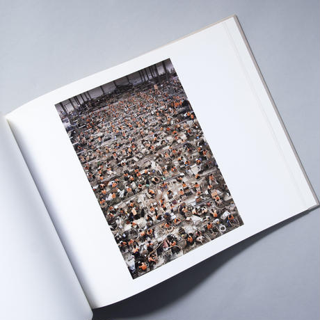 Andreas Gursky: ArchiTecture / アンドレアス・グルスキー